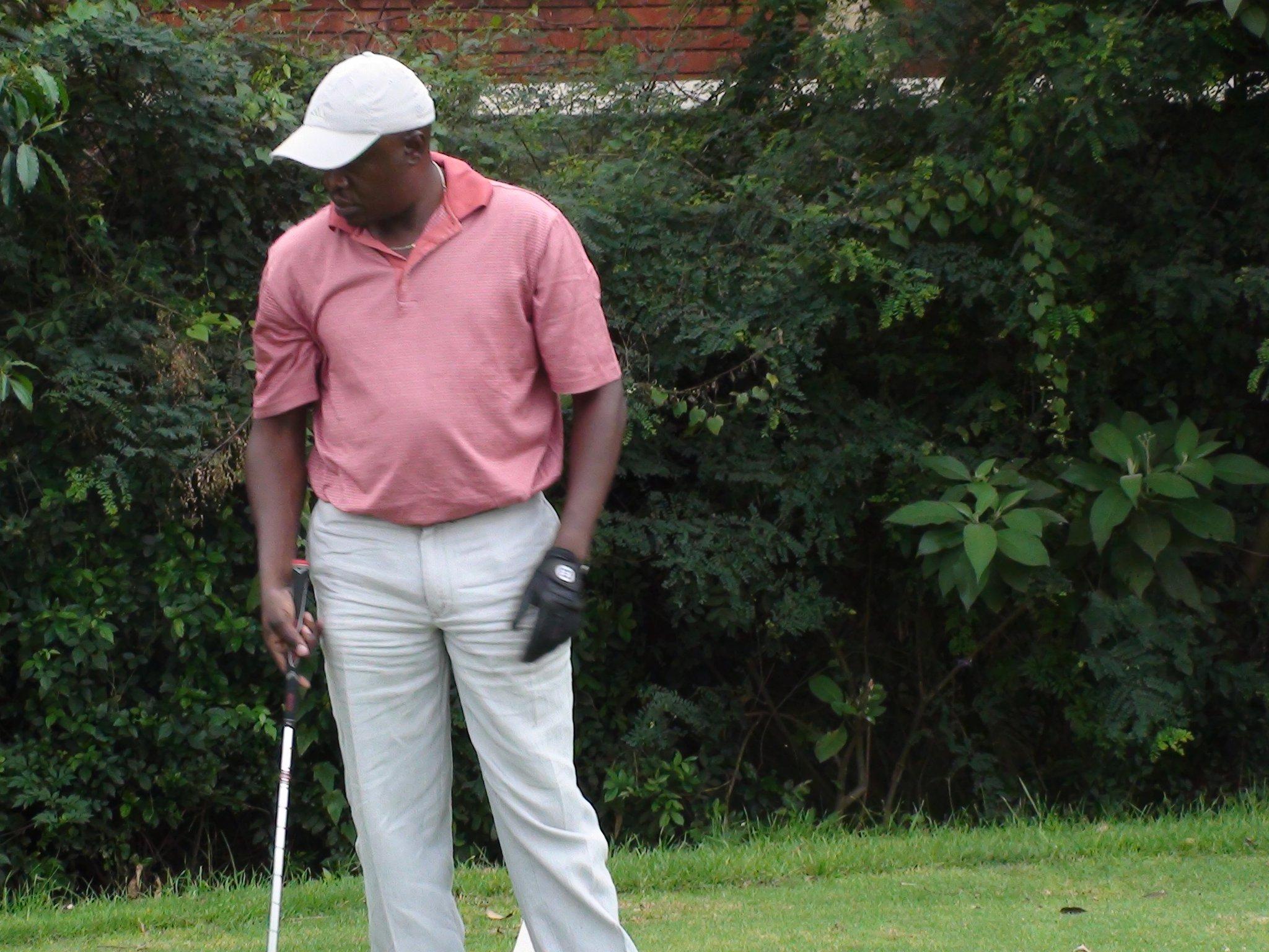 Sejjaaka Golfing