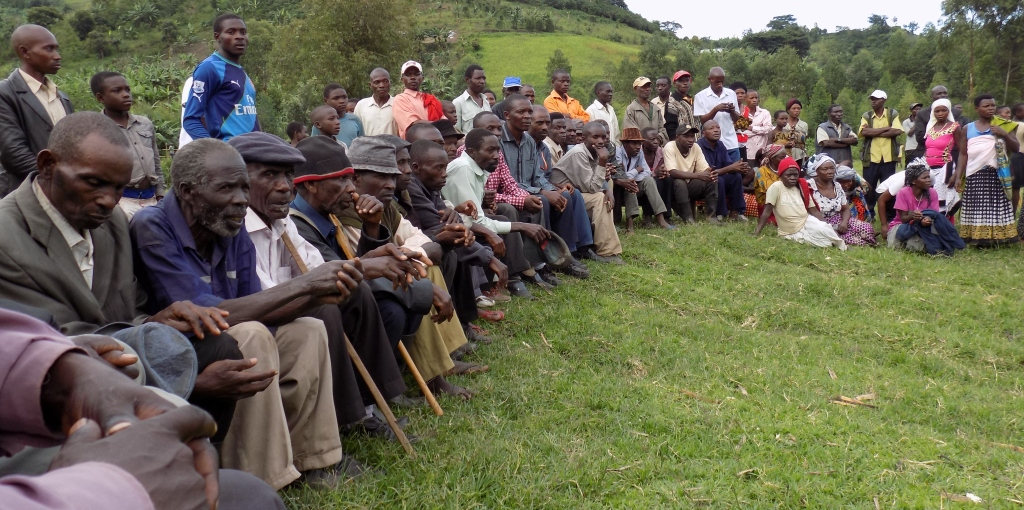Somme of the residents of Kasenyi village Buhuhira subcounty at a reconcilation meeting addressed by the Inter-Religious Council of Uganda Wednesday
